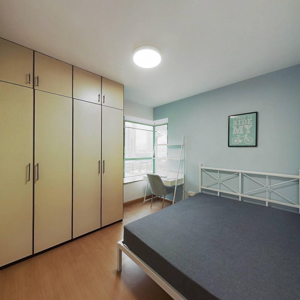 合租·光大花园 3室1厅 东卧室图