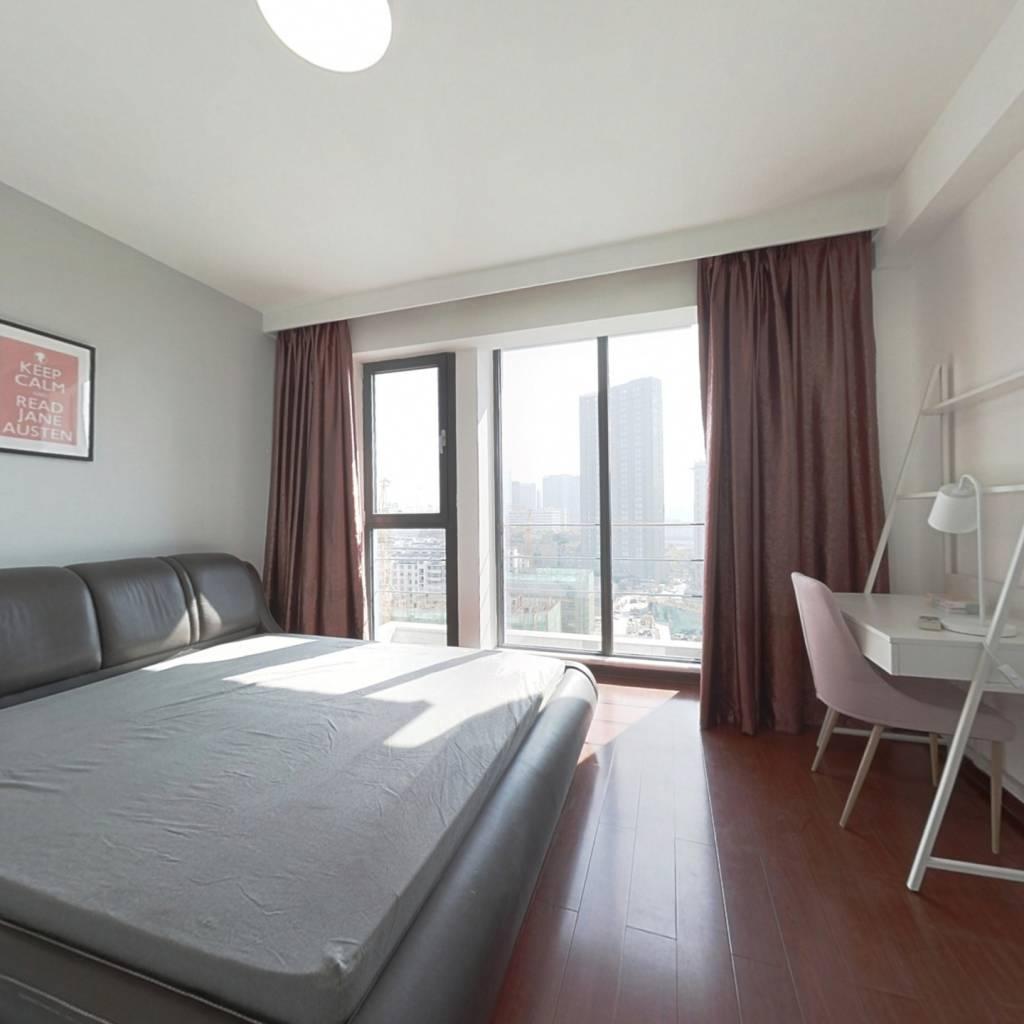 合租·天寓 4室1厅 南卧室图