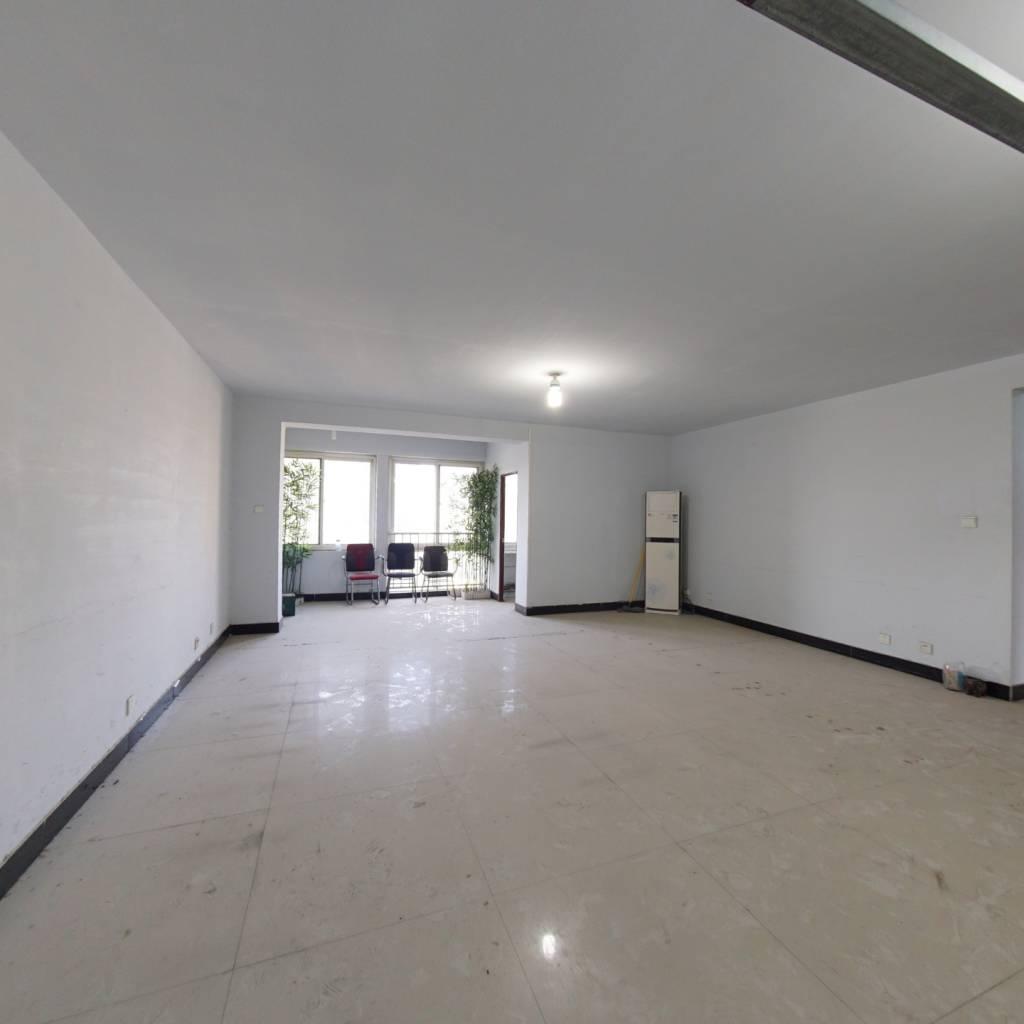 满五年 御府三号三期  次新房 电梯房 三房两厅
