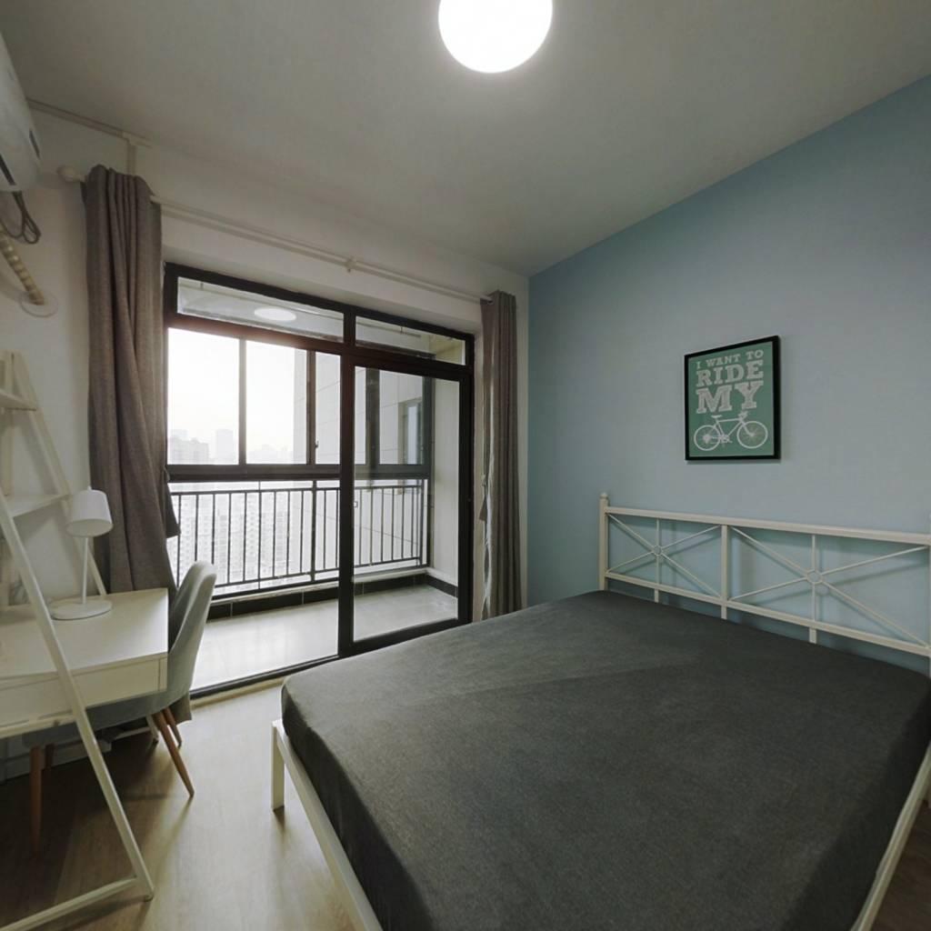 合租·金融街壹号 3室1厅 北卧室图