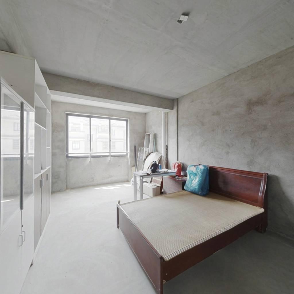 位置好采光充足视线开阔户型方正业主诚心出售看房方便