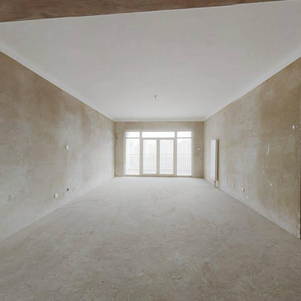 郁金香园五室三卫超大平米通透户型 南北朝向 采光好