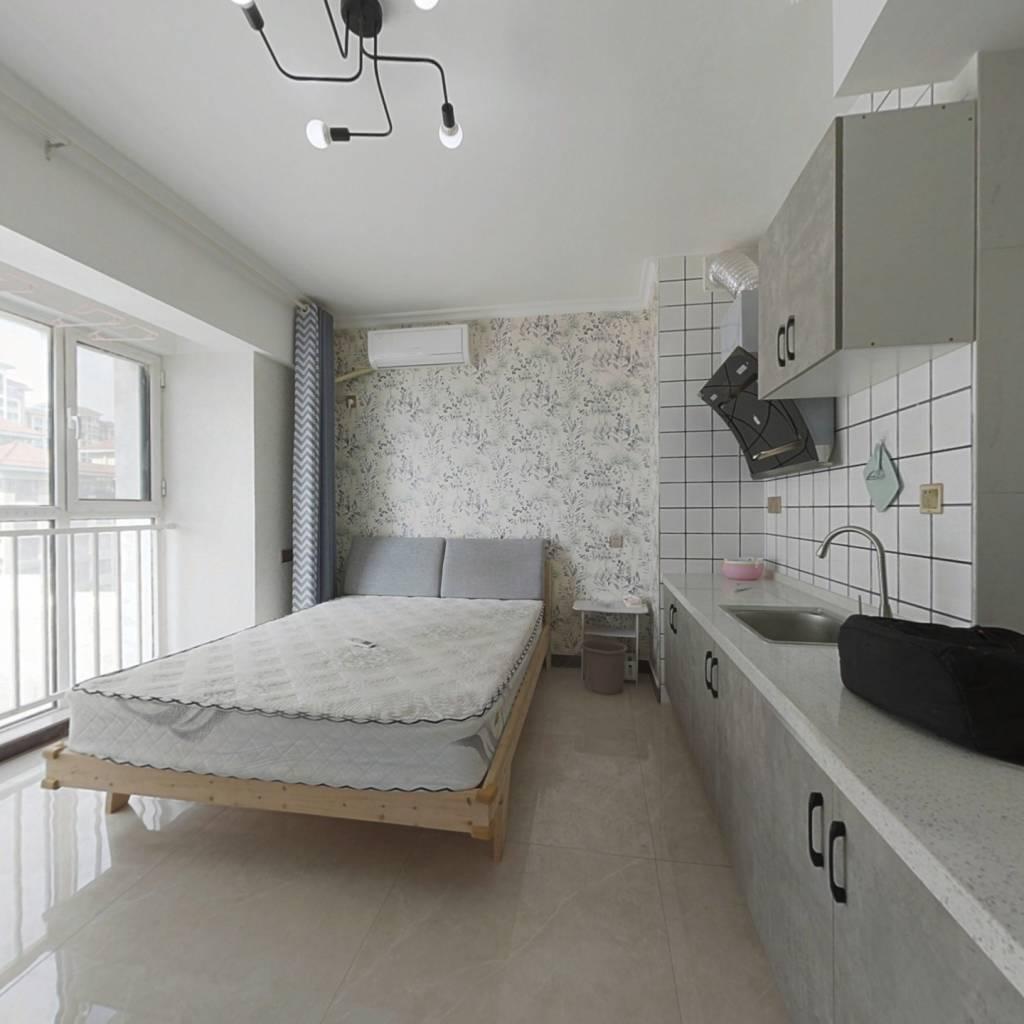 品质公寓,采光充足,沿河风景优美