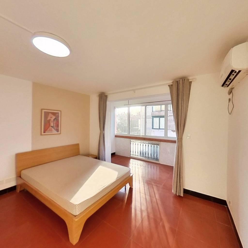 合租·康桥花园东园 3室1厅 南卧室图