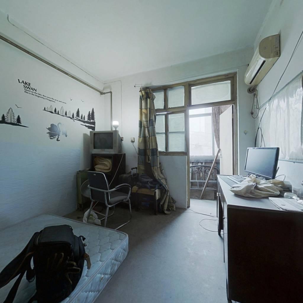 中原区嵩山南路22号院 1室1厅 南