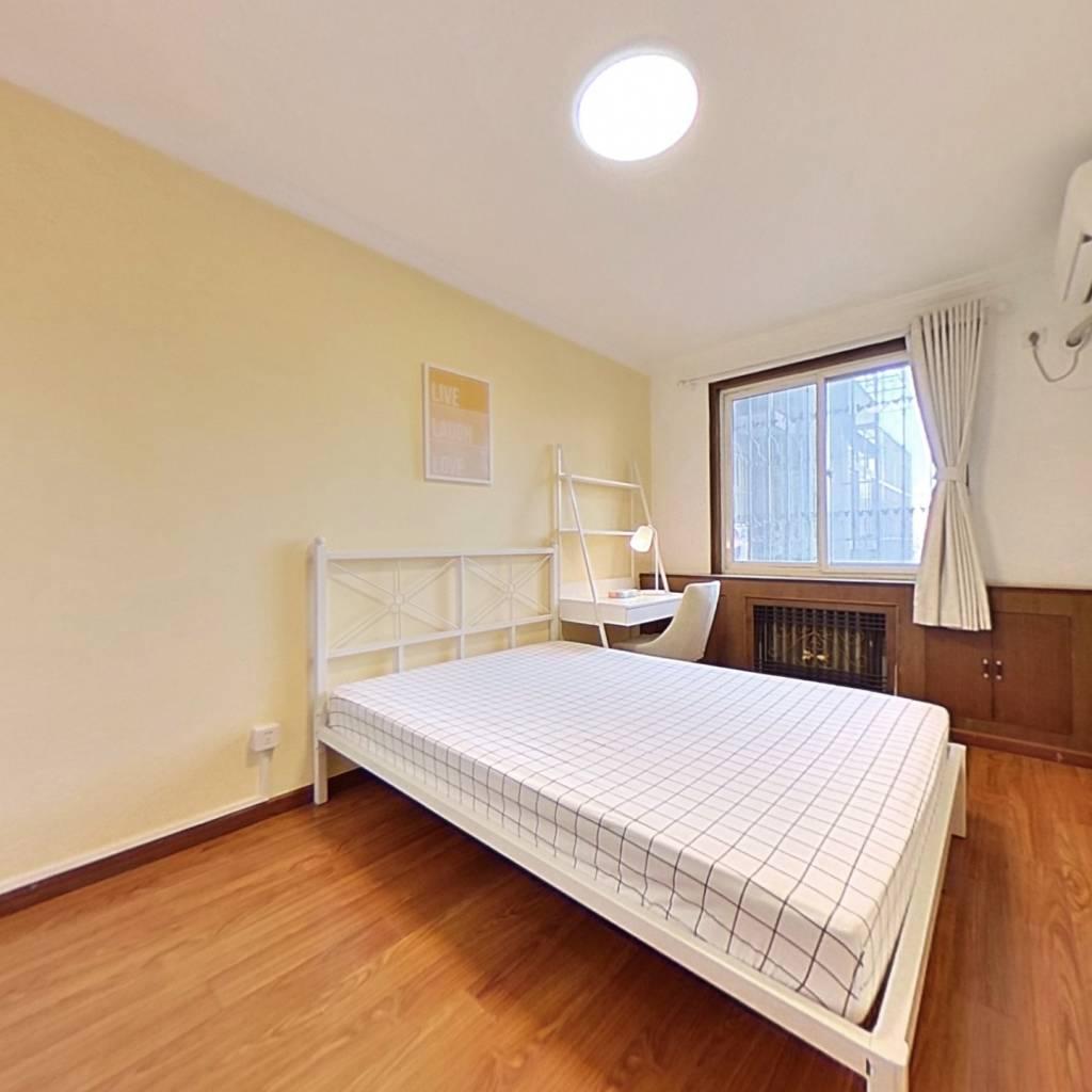 合租·银地家园 3室1厅 北卧室图