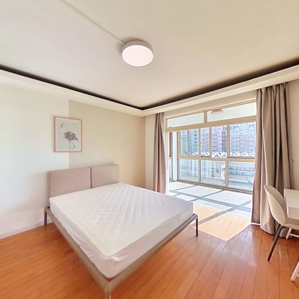 合租·国亭花苑 4室1厅 南卧室图