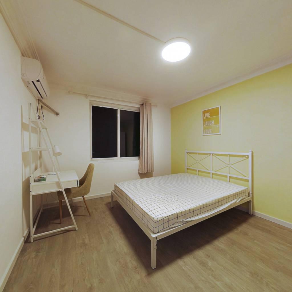 合租·恒大星级公寓 4室1厅 南卧室图
