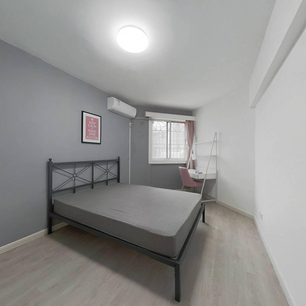 合租·鲁班大厦 4室1厅 东卧室图