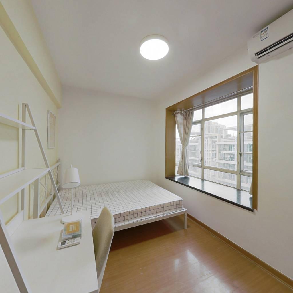 合租·光大花园 4室1厅 北卧室图