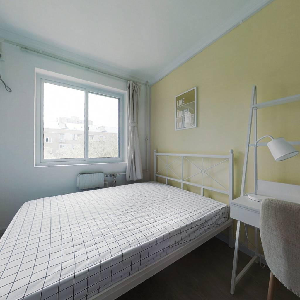 合租·稻香园 2室1厅 南卧室图