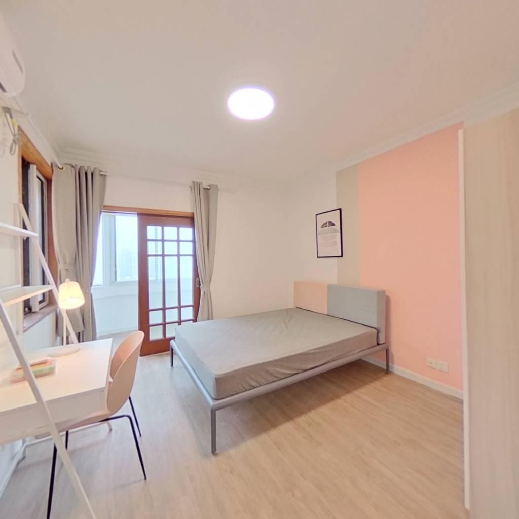 合租·东广大厦 3室1厅 北卧室图