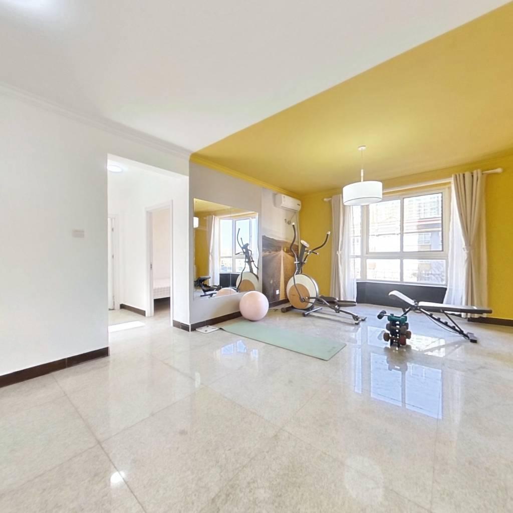 合租·艺水芳园 4室1厅 南卧室图