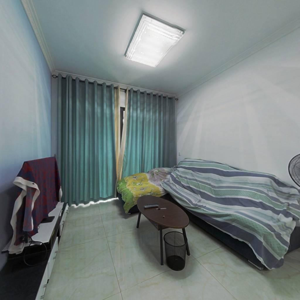 企石嘉宏锦城两房带装修出售,正在出售中,即买即入住