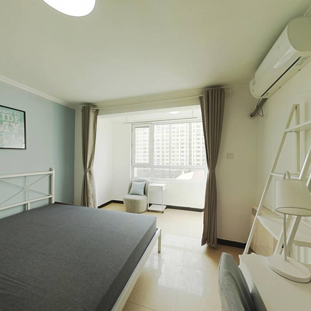 合租·大方居 3室1厅 西卧室图