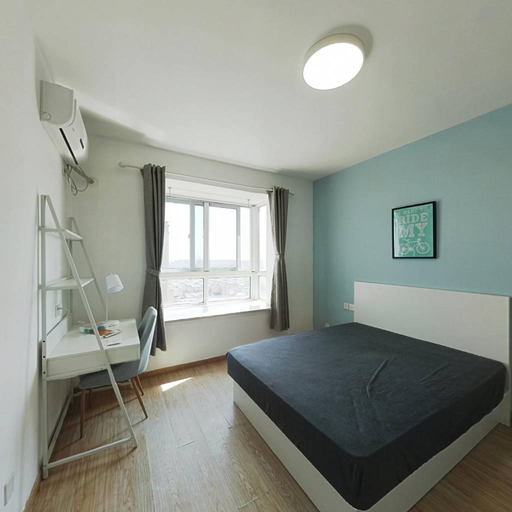 合租·和家欣苑 3室1厅 南卧室图