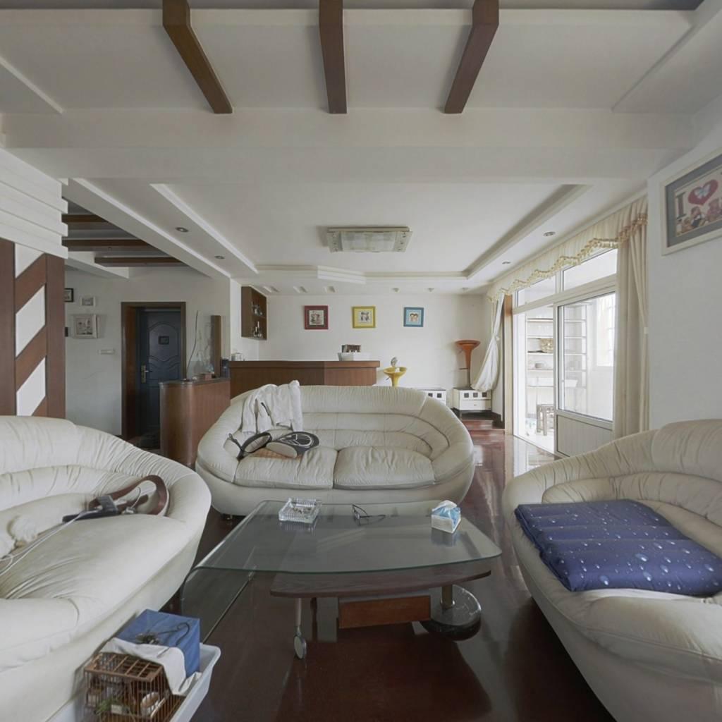 阳光小区西区超大舒适房屋,采光方便