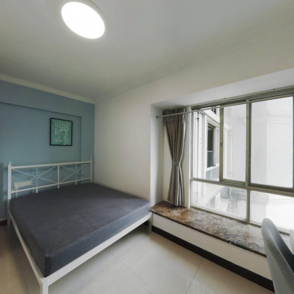 合租·高教花园 4室1厅 北卧室图