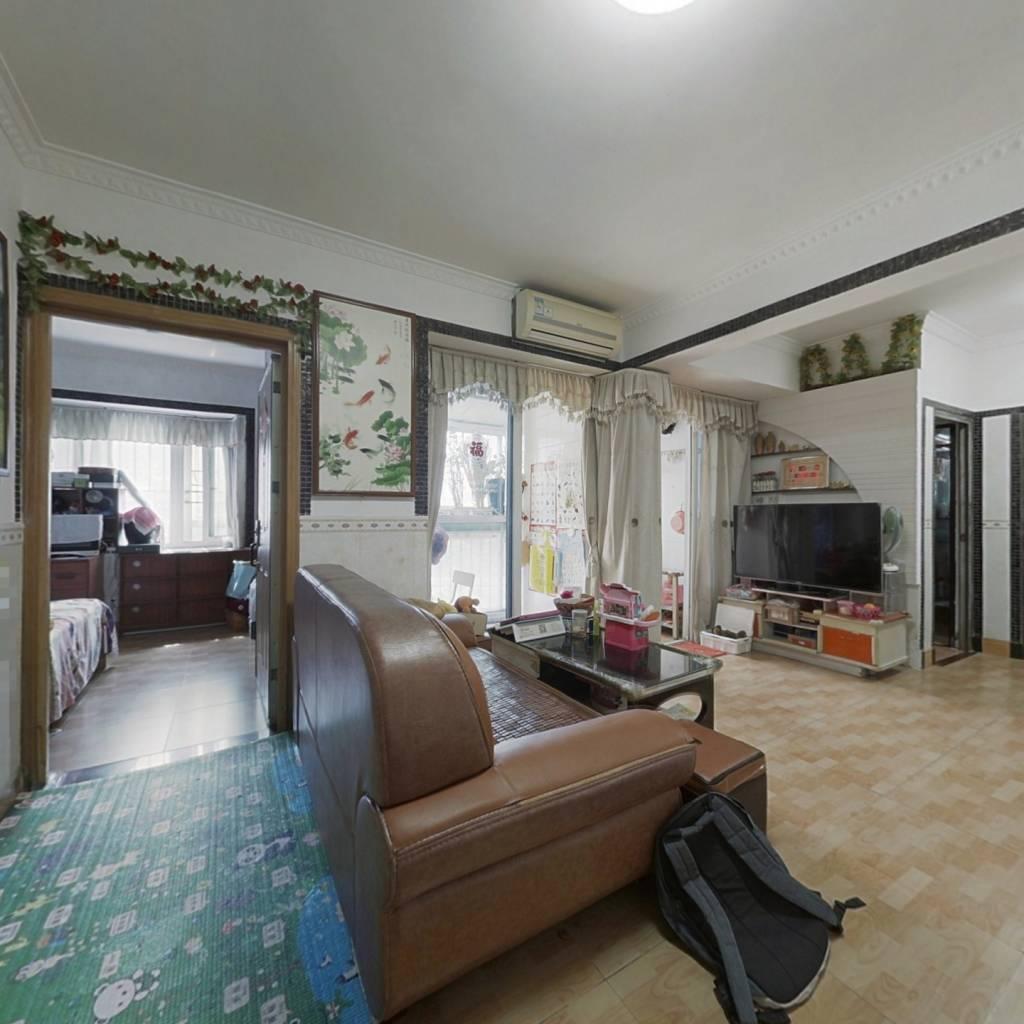 龙华04年电梯小区 标准的1房1厅 诚心出售