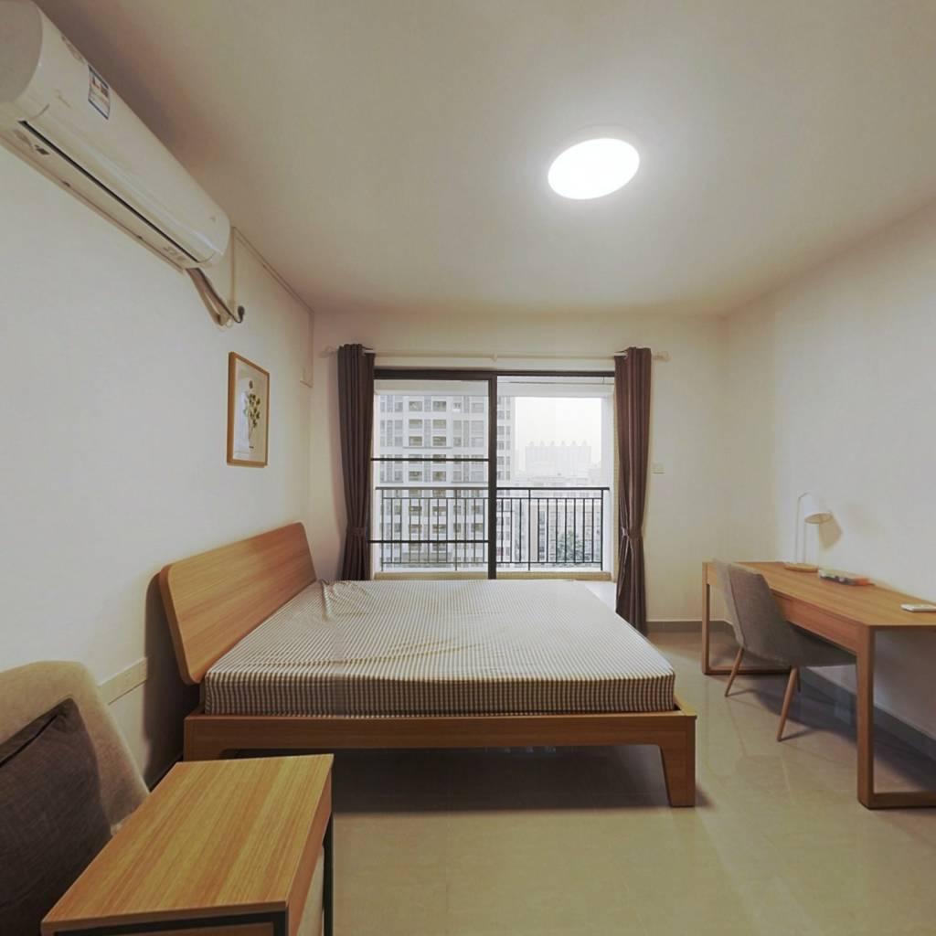 合租·瑞东花园 4室1厅 西卧室图