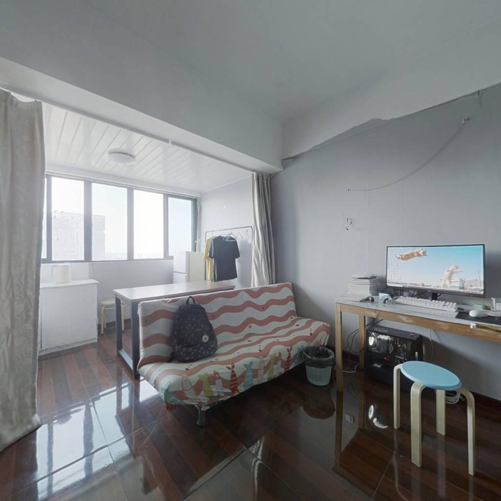 地铁口,一居室,总价低,业主诚心出售