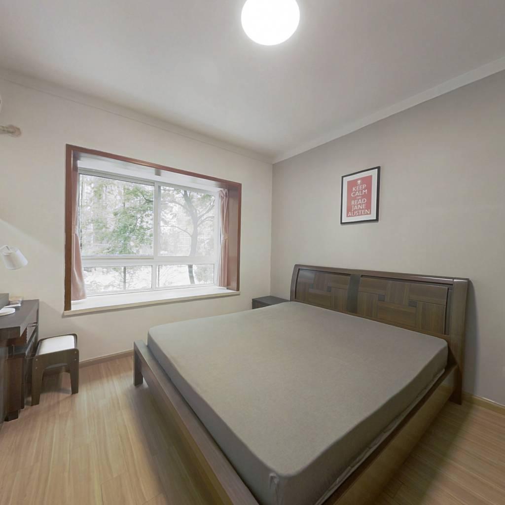 合租·城南名著 4室1厅 东卧室图