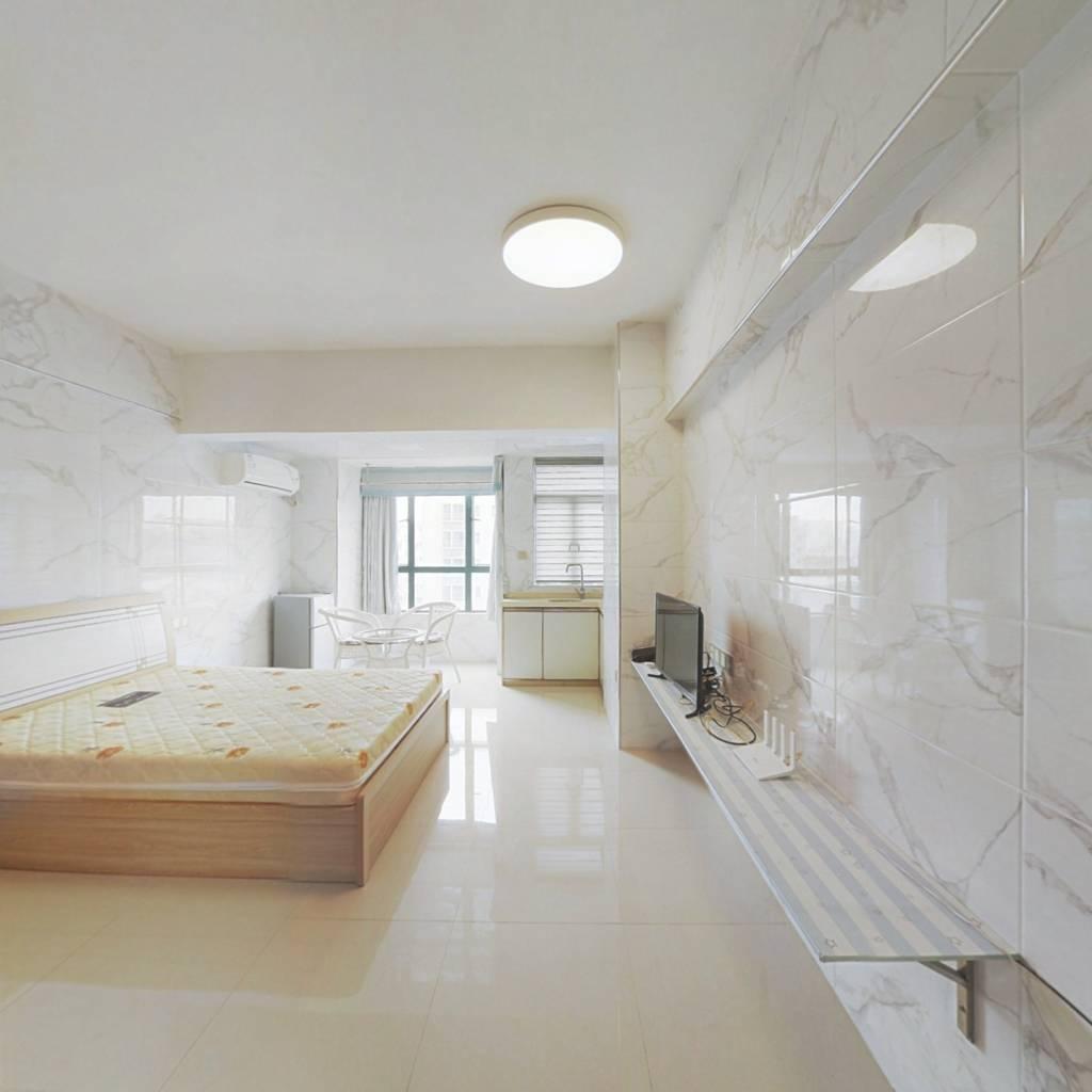 众恒新城 温馨小公寓 带精装 业主诚意出售