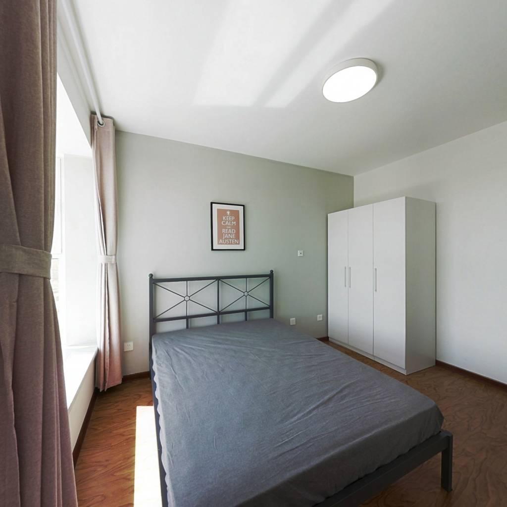 合租·保利金融街诺丁山 4室1厅 南卧室图