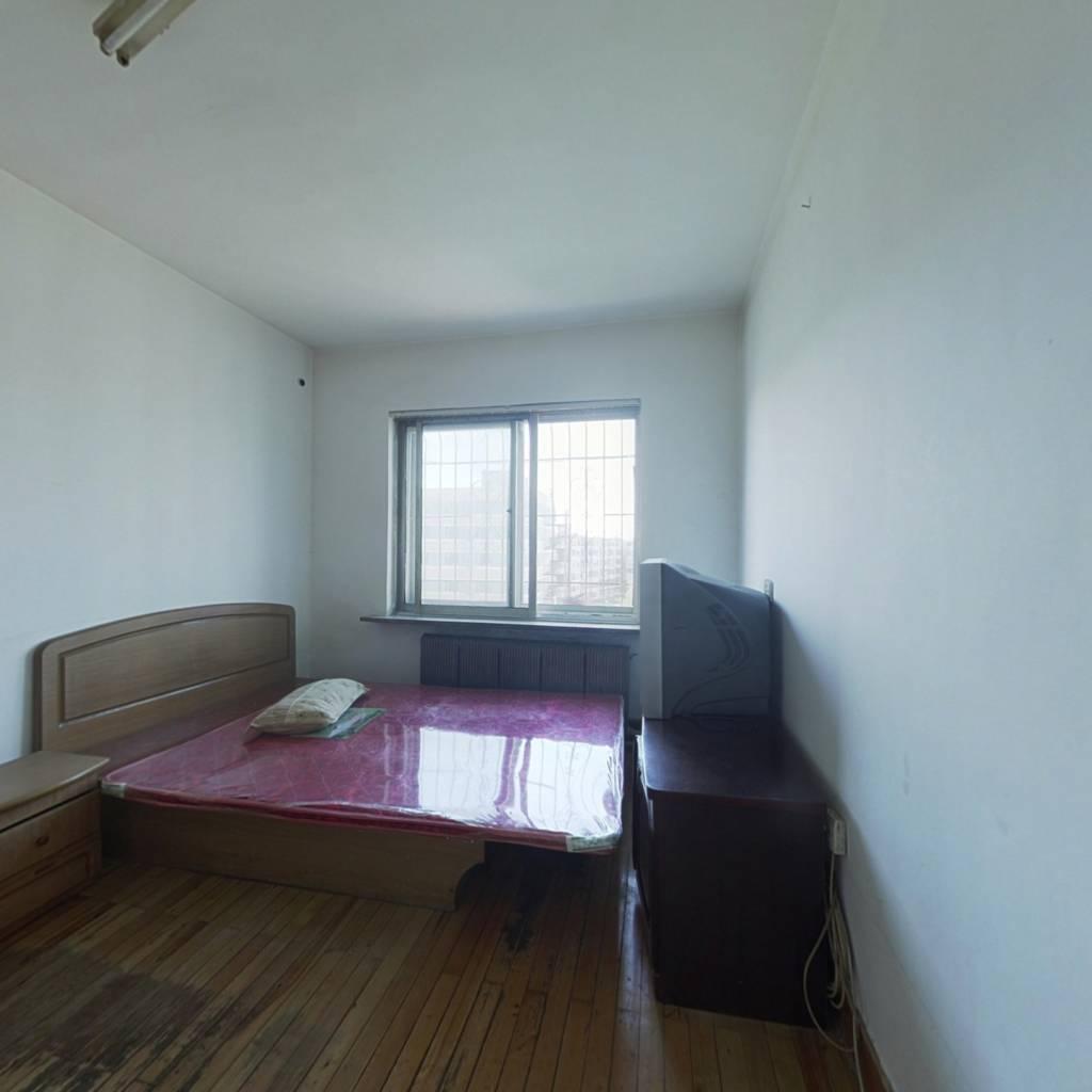 皇姑泰山路 长江北街 沙河子小区 两室户型好 出售