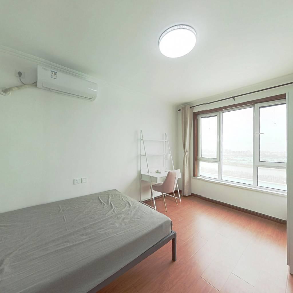合租·海康园 3室1厅 南卧室图