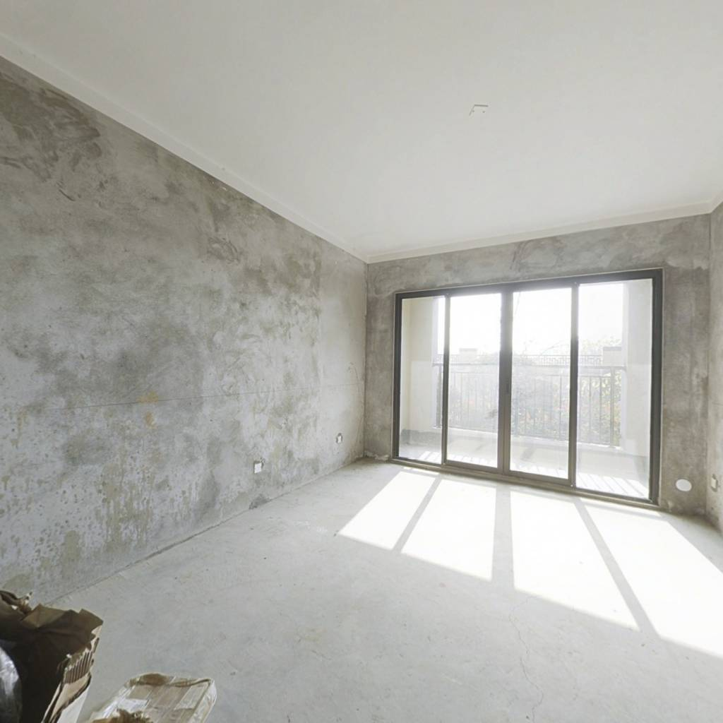 房子楼房位置,楼层都是俱佳,小区环境优美,新建楼盘