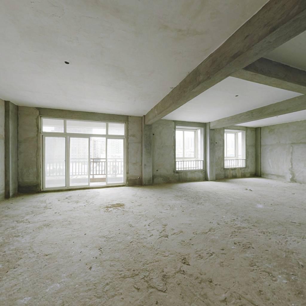 东盛帝豪6室2厅188平60万